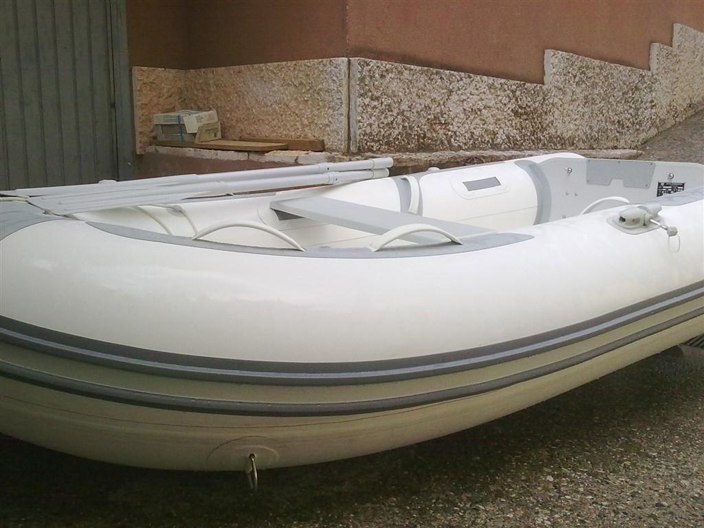 Gommone smontabile zodiac carena vtr in neoprene 2012 - Barca porta bote ...